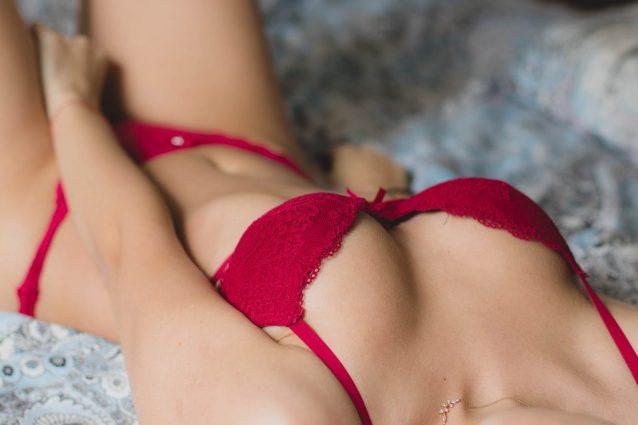 Ebano Milf e figlia porno