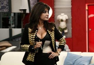 Scarpe griffate e gioielli da 10mila euro: la passione di Aida Nizar per il lusso