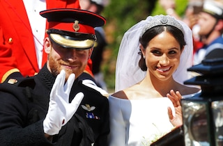 "Harry con la barba e la regina in ritardo: 6 ""cadute di stile"" al Royal Wedding"