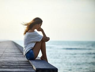 Effetti della tristezza sul corpo: come gli stati d'animo negativi influenzano la salute