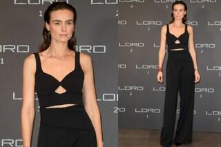 """Dopo il nudo in """"Loro 1"""", Kasia Smutniak sceglie i pantaloni per la première di """"Loro 2"""""""