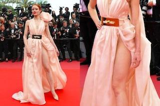 Non c'è Cannes senza spacco inguinale: quest'anno la prima è Barbara Meier
