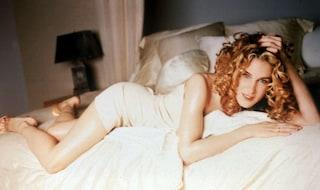 """Dalla collana Carrie al tutù: tutto quello che non sai sugli abiti di """"Sex and The City"""""""