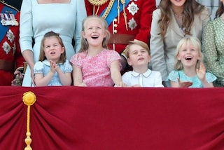 Charlotte a fiori, George con la polo: i look dei principini al Trooping The Colour