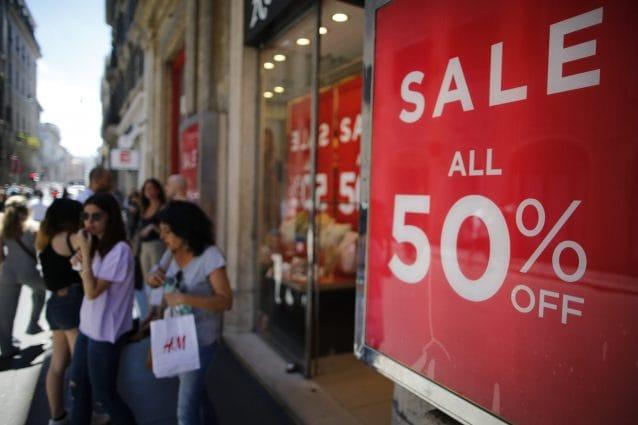 94e489582f I saldi estivi sono tra i momenti più attesi dell'anno dalle fashion  addicted che vogliono rinnovare il loro armadio senza ritrovarsi a spendere  capitali.