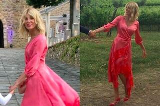 Alessia Marcuzzi, il look in rosa per il matrimonio dell'ex Simone Inzaghi