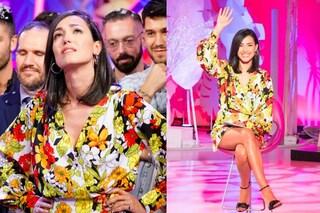 """Caterina Balivo dice addio a """"Detto Fatto"""": look floreale e tacchi per l'ultima puntata"""