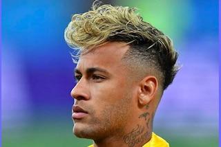 Neymar con il suo parrucchiere in Russia: ecco le acconciature più originali dei Mondiali