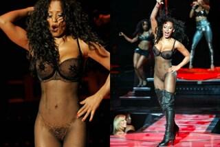 Melanie B è nuda: con la tutina trasparente l'ex Spice mostra il fisico da urlo