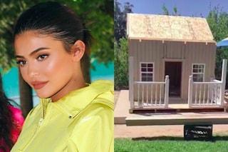 L'ultimo accessorio lussuoso di Kylie Jenner? La cuccia per il cane con il condizionatore