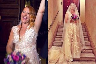 Velo lunghissimo e bouquet variopinto: l'abito da sposa di Noemi per le nozze con Gabriele