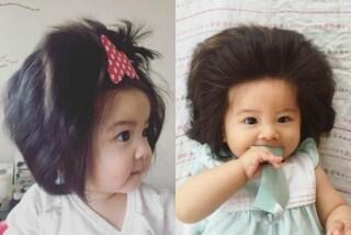 """A soli 7 mesi è già """"capellona"""": Baby Chanco, la bimba che spopola sui social"""