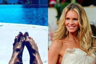 """Elle Macpherson vittima di body shaming: secondo gli utenti ha i piedi """"brutti"""""""