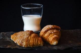 Fare colazione aiuta a bruciare più calorie durante lo sport: ecco perché