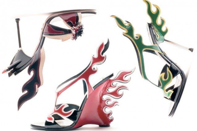 Alcuni dei sandali con fiamme della collezione P/E 2012 di Prada