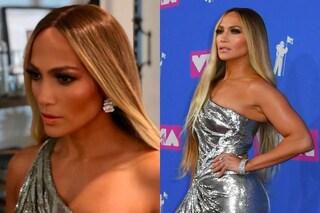 Jennifer Lopez con gioielli milionari ai VMA's: gli orecchini sono un pezzo unico