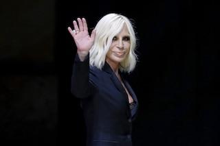 Versace vende il 100% dell'azienda a Michael Kors per 1,83 miliardi di euro