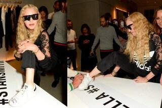 Stella McCartney e Adidas insieme per una linea vegan: Madonna si fa firmare le Stan Smith