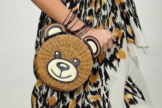 Milano Fashion Week: dall'orso di paglia allo zaino in rafia, ecco le borse più originali