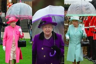 La regina Elisabetta e i look coordinati, abbina persino l'ombrello al cappotto