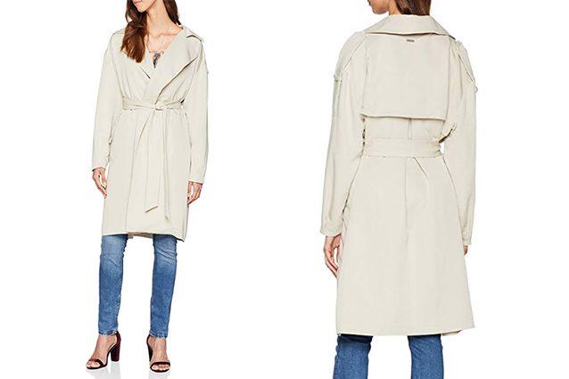 Il trench vestaglia è realizzato in colori tenui come il crema o il bianco  sporco è adatto per creare sia look da giorno che da sera. 600fbfe094e5