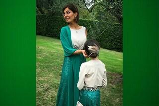 Alessia Mancini e Mya damigelle perfette: i look coordinati di mamma e figlia