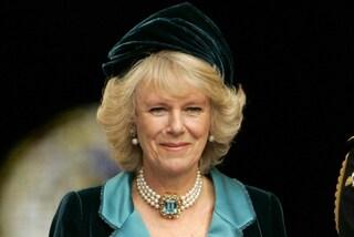 Perché Camilla non c'era al matrimonio della principessa Eugenie di York?