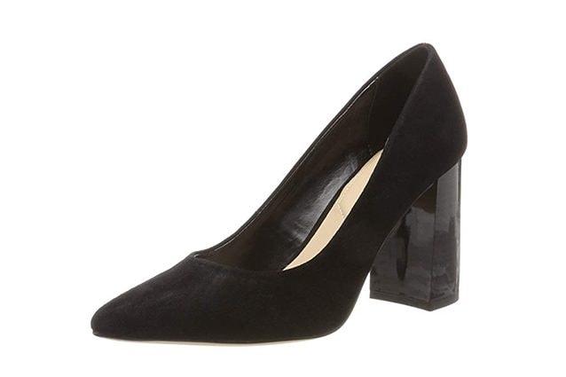 d058a8f2363e7 Quali modelli scegliere – La maggior parte delle scarpe con tacco largo di  moda quest anno hanno punta allungata e sottile