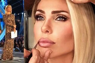 Ilary Blasi al GF Vip 2018: capelli lisci e abito maculato per la seconda puntata