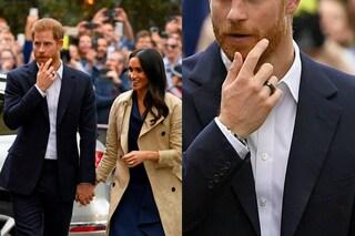 Il nuovo anello nero del principe Harry: ecco perché lo indossa