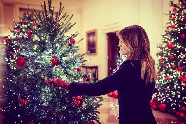 Menu Di Natale Americano.Melania Trump Mostra Le Decorazioni Natalizie Quest Anno La