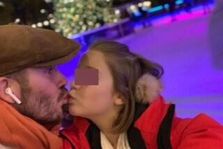 David Beckham bacia con dolcezza la figlia Harper: lo scatto scatena le critiche del web