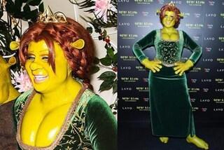 Heidi Klum ancora regina di Halloween: lei e il fidanzato si trasformano in Shrek e Fiona