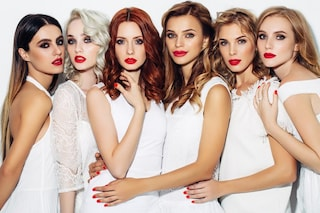 Come scegliere il colore dei capelli: le tonalità adatte in base al viso e agli occhi