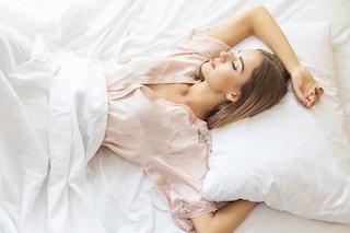 Come lavare i cuscini: i consigli per tenerli puliti e igienizzati