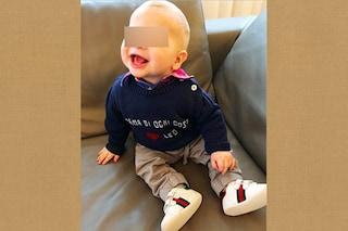 La canzone di papà Fedez sul maglione e le scarpe Gucci, il figlio della Ferragni è trendy