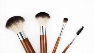 L'ultima follia per il make-up? I pennelli per il trucco fatti con capelli umani