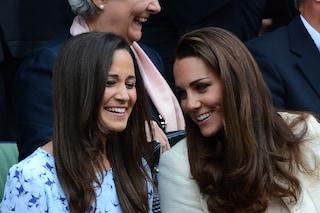 """Kate e Pippa Middleton, addio al passato """"borghese"""": la loro casa londinese è in vendita"""