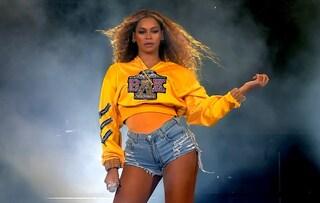 Beyoncé in felpa e shorts al Coachella: è questa la foto più scaricata del 2018