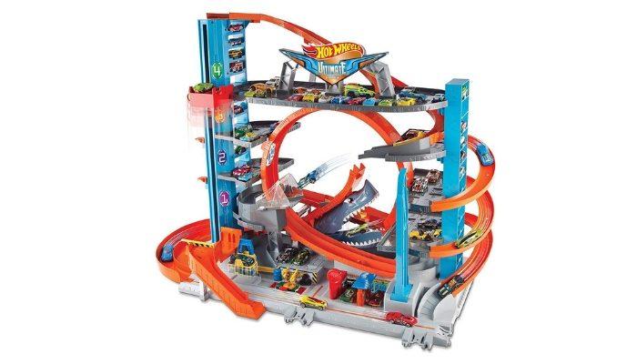 Hot Wheels Garage delle Acrobazie Playset con Pista Connettibile per Macchinine