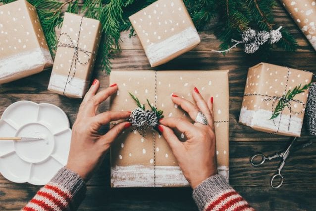 Regali Di Natale Alternativi.5 Idee Creative E Originali Per Incartare I Regali Di Natale
