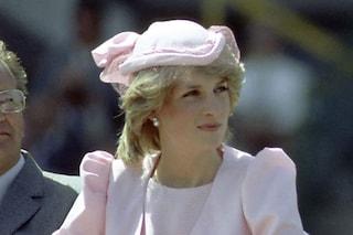 Compra un abito usato, scopre che era di Lady Diana: oggi lo vende all'asta a 112mila euro