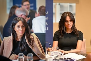 Meghan Markle incinta in versione studentessa: torna all'università in cappotto e t-shirt