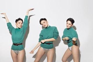 Arisa in mutande e maglione di lana: si prepara a Sanremo con l'inedito look sexy