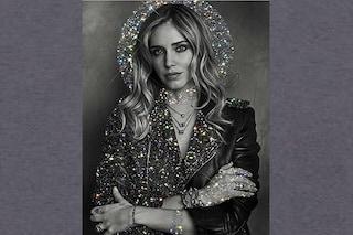 """Chiara Ferragni in versione santa: in un'opera d'arte diventa la """"protettrice degli influencer"""""""
