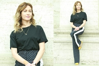 Cristiana Capotondi, tacchi gialli e nuovo colore di capelli