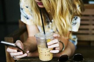 L'uso dei social media favorisce la comparsa di depressione: le teenager sono quelle più a rischio