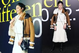Alessandra Mastronardi, nuovo look alle sfilate milanesi: in bianco col montone per lo show Moncler