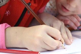 Più di 100 euro all'ora per chi riesce a far studiare i figli: la richiesta di un genitore disperato