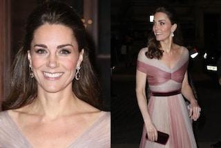 Kate Middleton in rosa per San Valentino: il look romantico in chiffon della principessa
